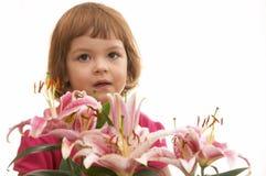 Fille et fleurs Photo libre de droits