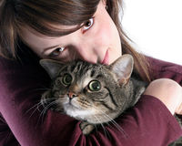 Fille et son chat Photos stock