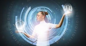 Fille et technologies de l'avenir images libres de droits
