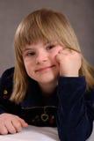 Fille handicapée satisfaite Photo stock