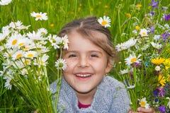 Fille heureuse en nature Images libres de droits