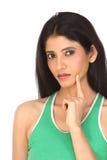 Fille indienne avec l'expression pensante photos stock