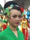 Fille indonésienne dans la robe traditionnelle Images libres de droits