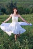 Fille magnifique dans la robe blanche Photos stock