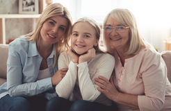 Fille, maman et mamie Image stock
