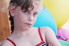 Fille mignonne couverte de taches de rousseur Image stock