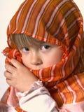 Fille mignonne dans le foulard Photo stock