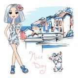 Fille mignonne de mode dans Manarola, Italie Images libres de droits