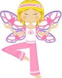 Fille mignonne de yoga de papillon Image libre de droits