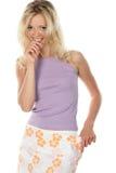 Fille mince avec la jupe desserrée photographie stock libre de droits