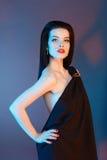 Fille modèle de beauté avec les lèvres rouges images stock