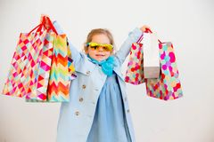 fille peu d'achats Photo stock