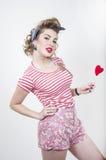 Fille Pin-vers le haut avec le coeur de valentines Photographie stock libre de droits
