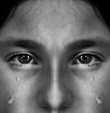 Fille pleurant avec des larmes Photo libre de droits