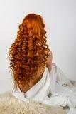Fille rouge de cheveux Photos stock