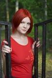 Fille rouge de type Image libre de droits