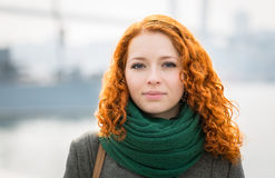 Fille rousse. Photo libre de droits