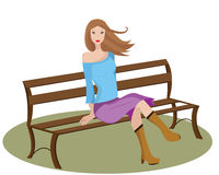 Fille s'asseyant sur un banc. Photographie stock
