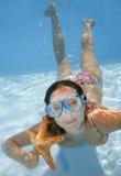 Fille sous-marine Images libres de droits