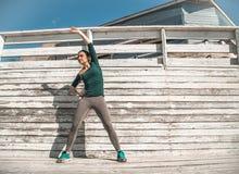Fille sportive de forme physique Photos stock