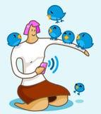 Fille sur l'oiseau de Twitter Photos libres de droits