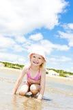 Fille sur la plage Photos libres de droits