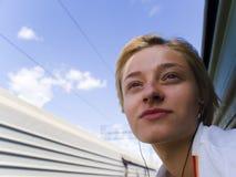 Fille sur le train Photos libres de droits