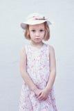 Fille triste dans un chapeau Photos libres de droits