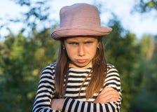 Fille triste de younf Émotion frustrante Concept de ressentiment et de colère, de peine et de problème photographie stock