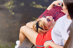 Filles aux loisirs Photo stock