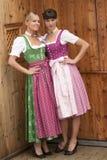 Filles bavaroises dans le costume Photo stock