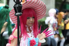 Filles cosplay de pousse de photographe Image libre de droits