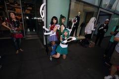 Filles cosplay de pousse de photographe photos libres de droits
