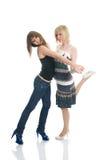Filles d'adolescent apprenant à danser Images libres de droits