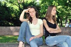 filles d'amis de conflit d'adolescent Photos stock