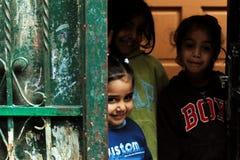 Filles dans la rue de Ramallah Photographie stock libre de droits