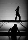 Filles de tremplin de silhouette Images libres de droits