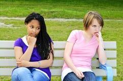 filles ennuyées d'adolescent images stock