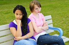 filles ennuyées d'adolescent image stock