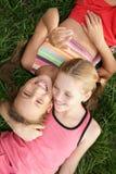 Filles heureuses gaies Images stock