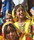 Filles indiennes dans le vêtement ethnique coloré Photo libre de droits