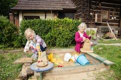 Filles jouant des filles de Images stock