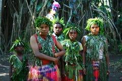 Filles tribales de village du Vanuatu Image libre de droits