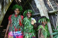 Filles tribales de village du Vanuatu Images stock