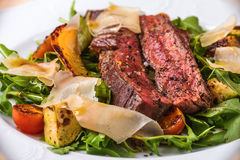 Fillet Steak with Vegetables Royalty Free Stock Image