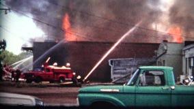 (film de 8mm) 1968 corps de sapeurs-pompiers de construction clips vidéos
