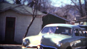 (film de 8mm) Shoebox 1949 Ford Car Baby Blue banque de vidéos