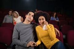 Film de observation de couples dans le théâtre Photos libres de droits