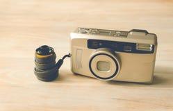Film de photo dans l'appareil-photo de cartouche et de film images libres de droits