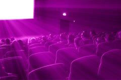 Film dell'orologio 3D degli spettatori, tonalità magenta Fotografia Stock